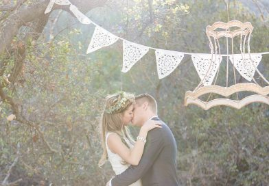 Vintage Wedding: Set the Clock Back in Every Aspect
