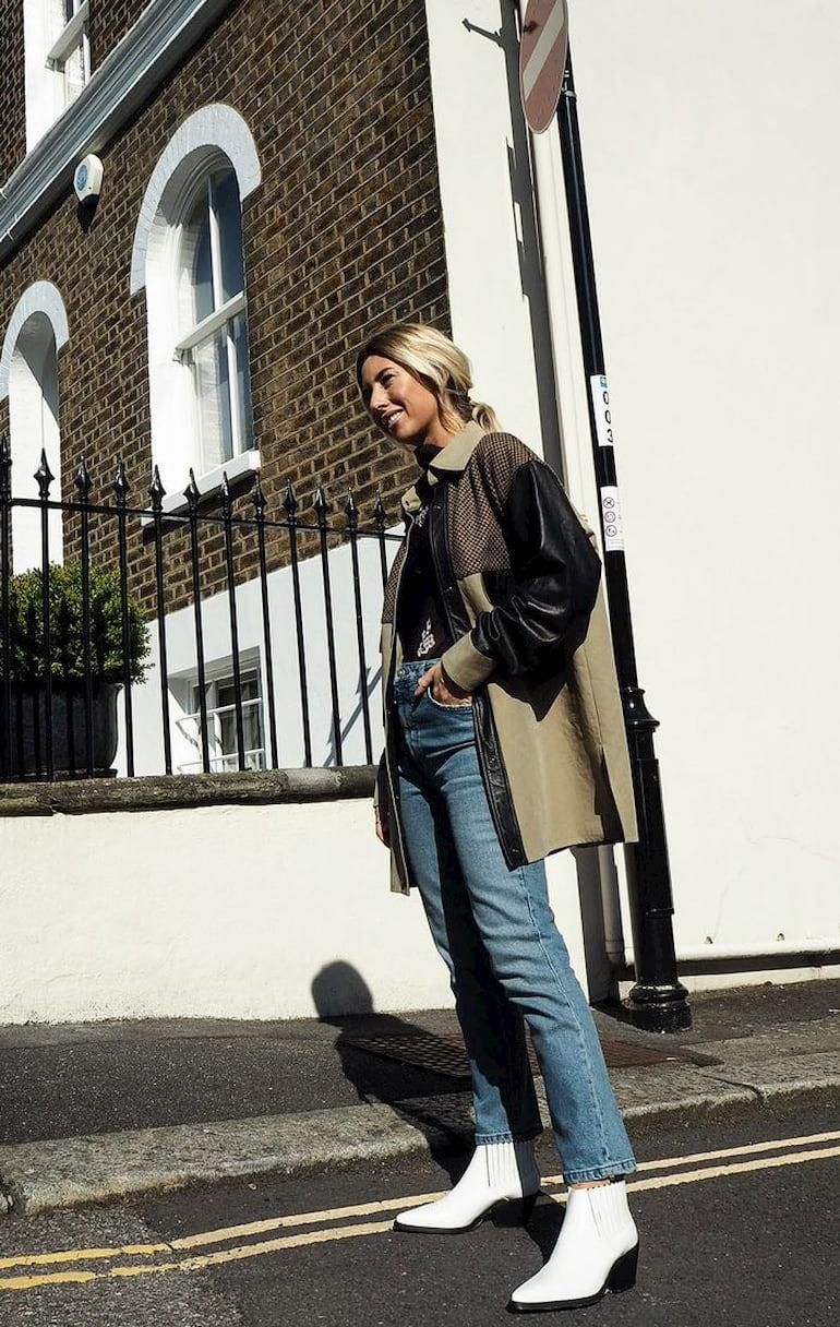 woman wearing boot cut jeans
