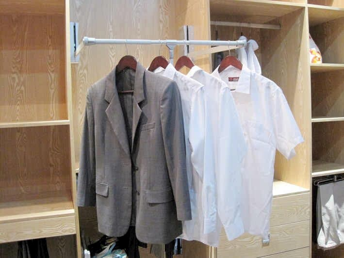 expanding wardrobe lift