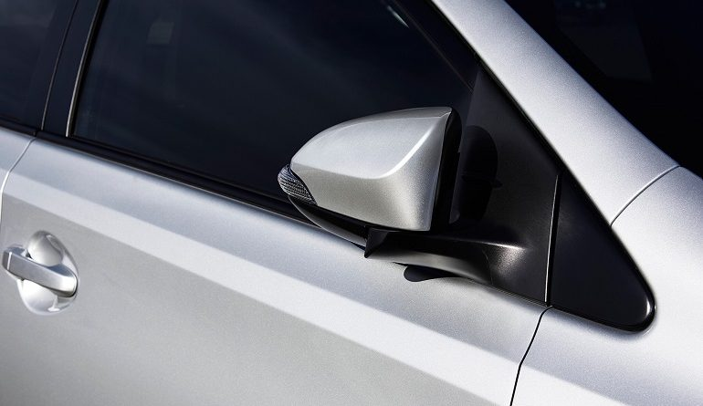 Things to Pay Attention to When Replacing Toyota Corolla's Side Mirrors