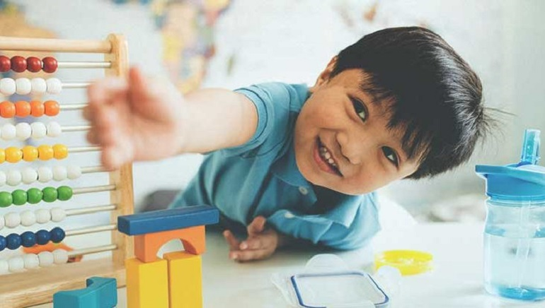 Playtime With Your Child: Focus on Toy Quality Over Quantity