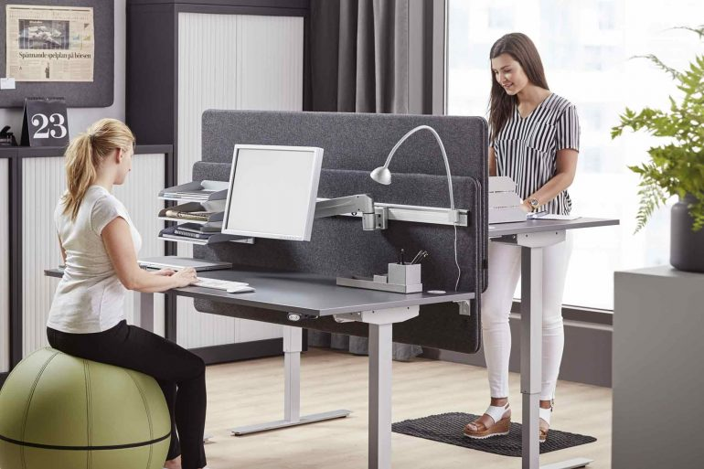 How-to-Convince-your-Manager-to-Buy-you-a-Standing-Desk