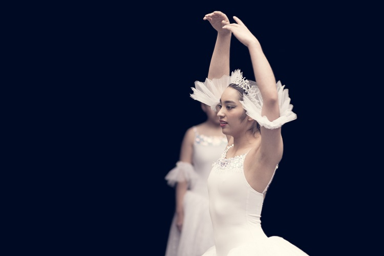 picture of a ballerina in white ballet outfit with tiara