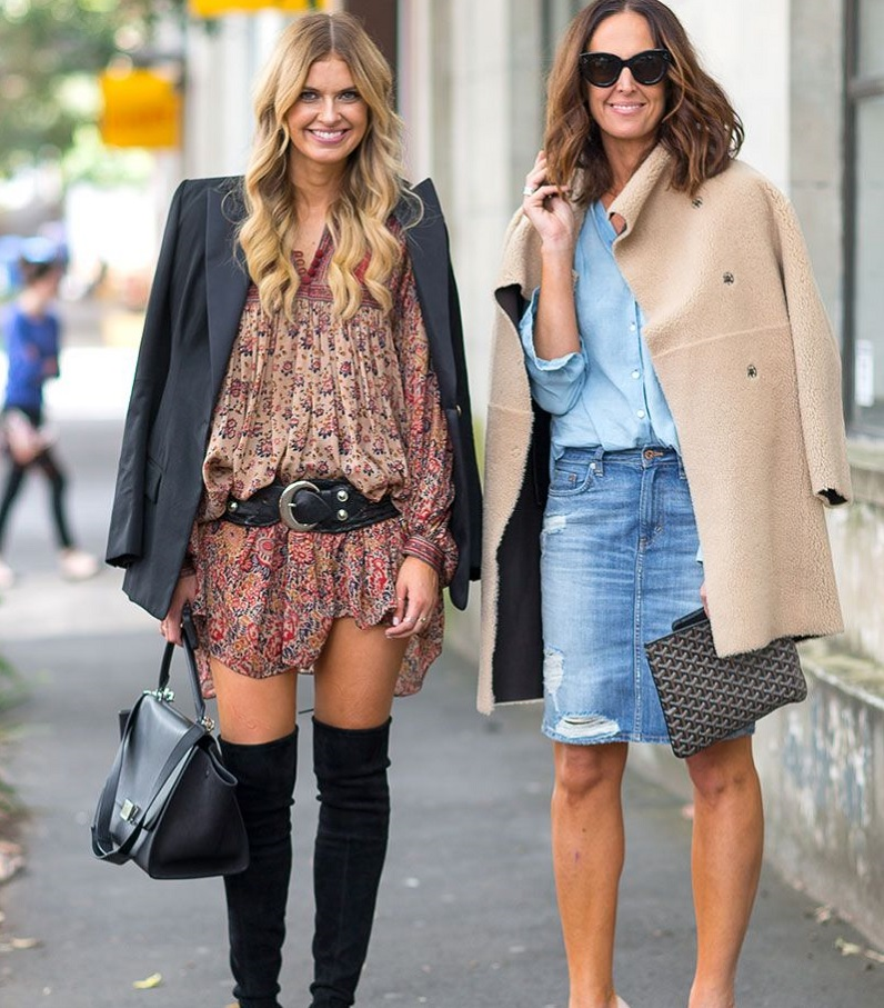 picture of two women wearing stylish clothes in the streets