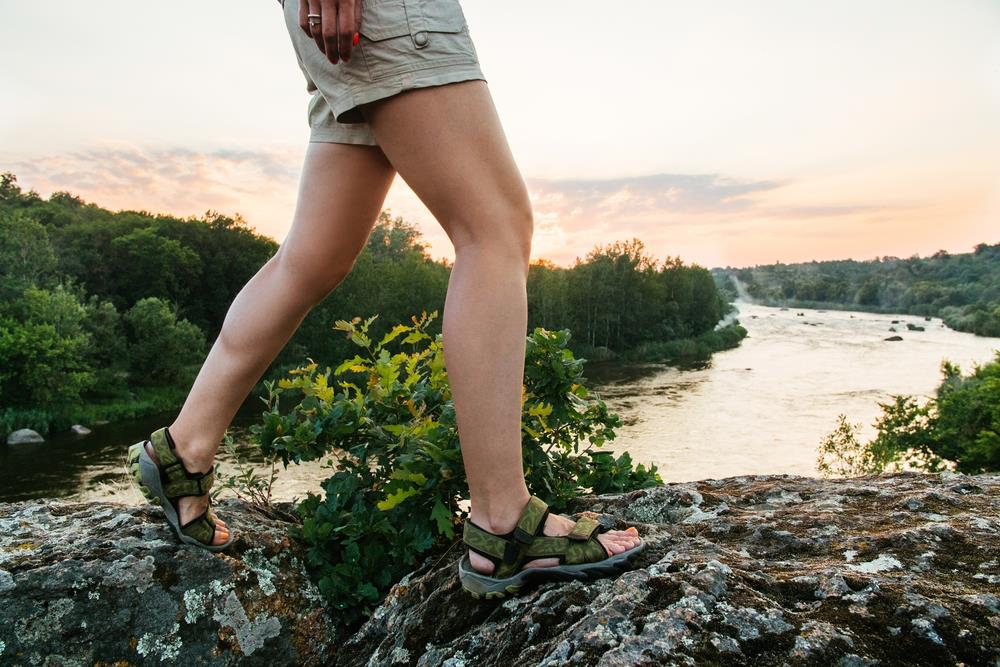 Best-hiking-sandals-for-women-1