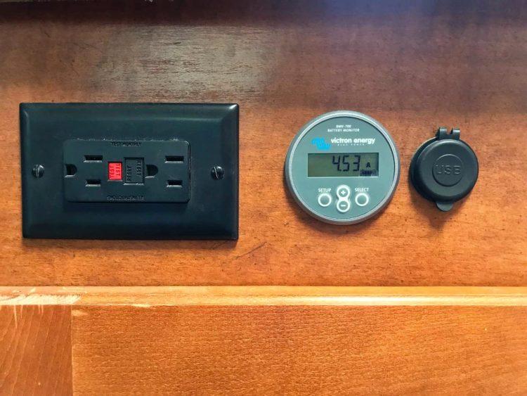 camper trailer battery monitor